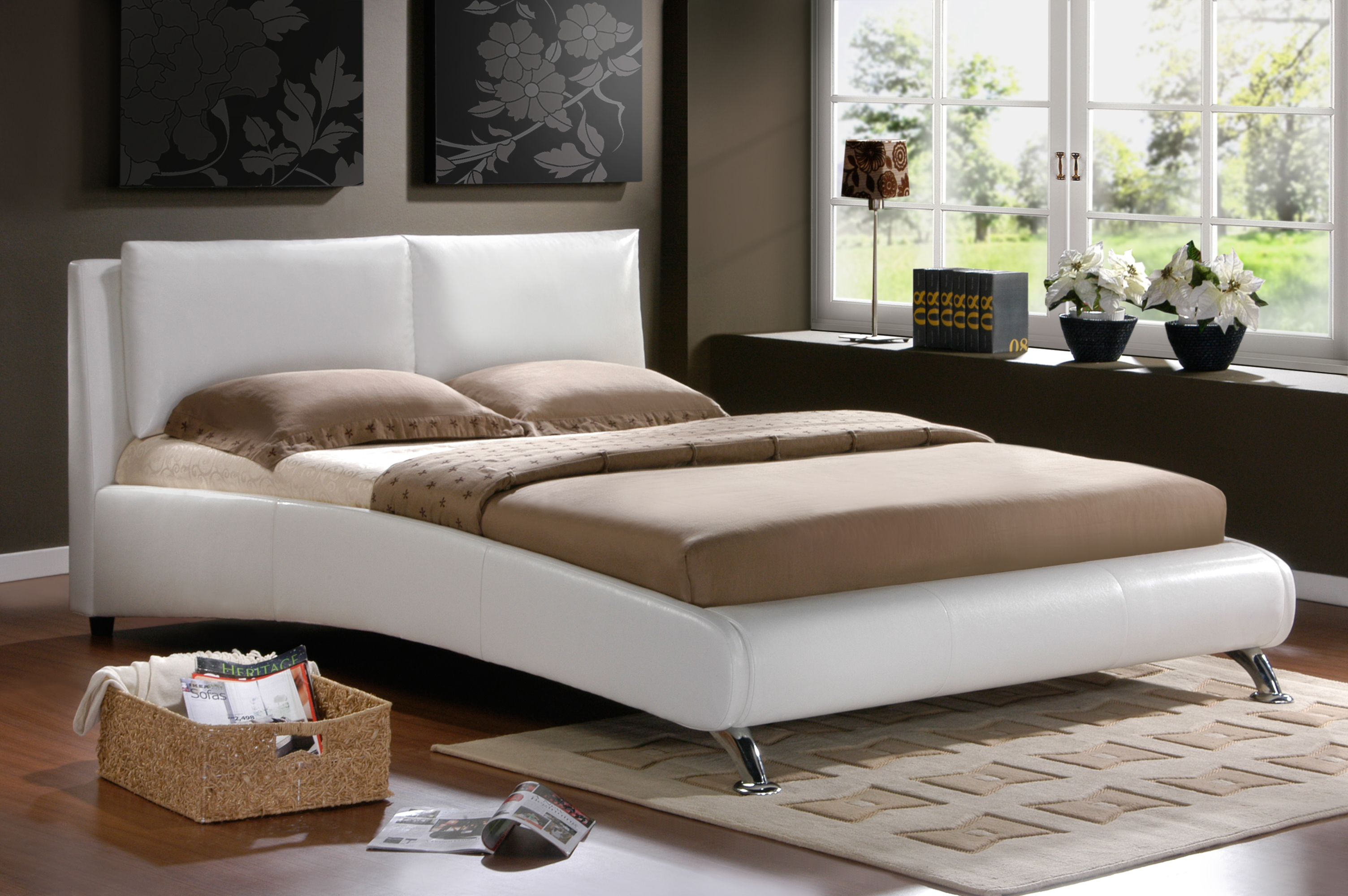 White Leather King Size Bed 3008 x 2000