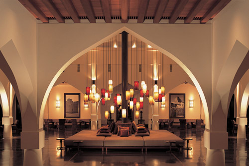 The chedi muscat luxury calm and voluptuousness in oman for Arabic interiors decoration